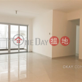 Stylish 3 bedroom with balcony | Rental