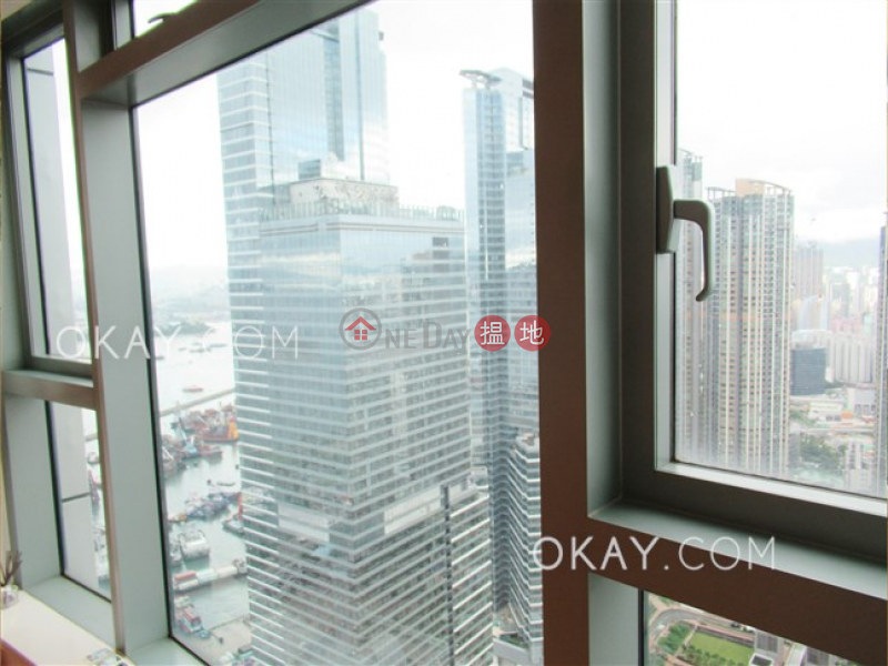 Luxurious 2 bedroom on high floor | For Sale | The Harbourside Tower 3 君臨天下3座 Sales Listings
