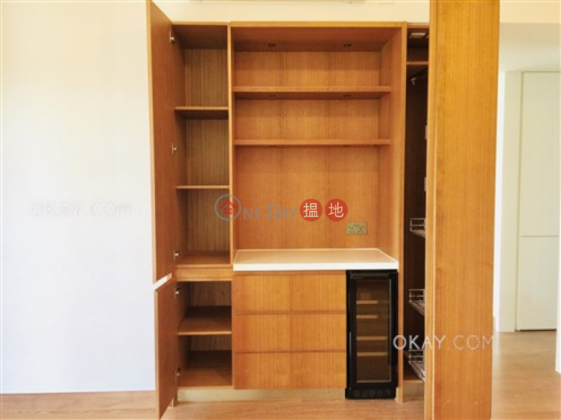 HK$ 41,000/ month Resiglow | Wan Chai District, Tasteful 2 bedroom on high floor with balcony | Rental