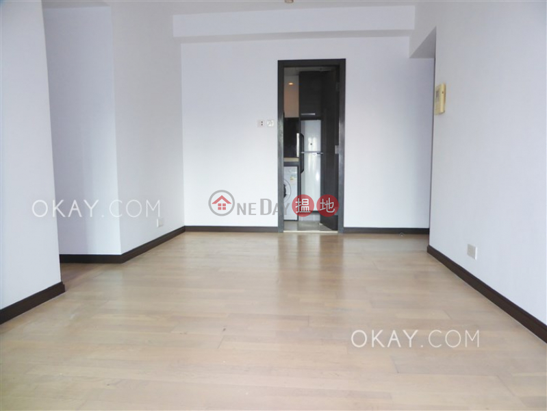 HK$ 40,000/ month | Centre Place | Western District | Unique 3 bedroom with balcony | Rental