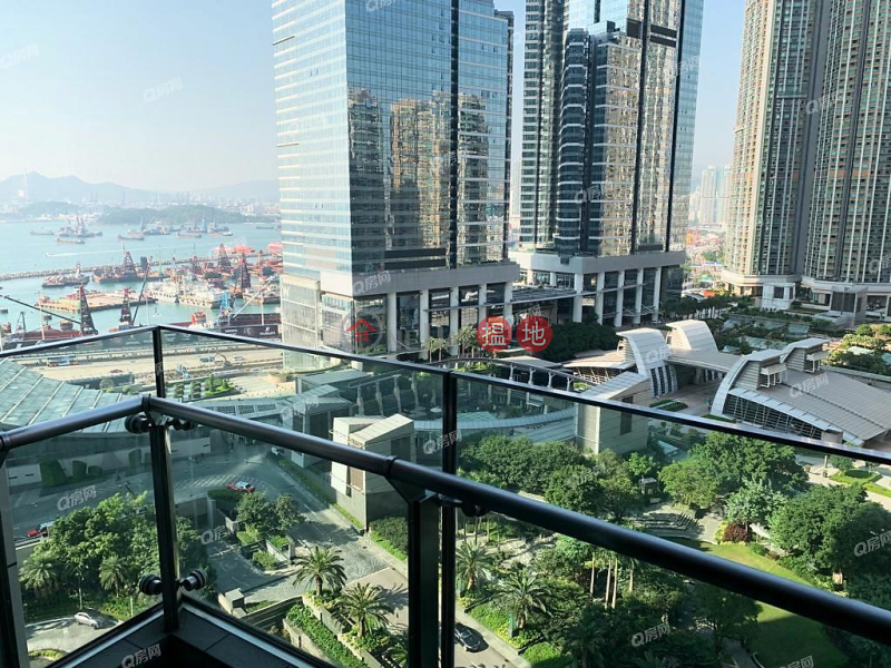 The Harbourside Tower 2 | 2 bedroom Low Floor Flat for Sale | The Harbourside Tower 2 君臨天下2座 Sales Listings