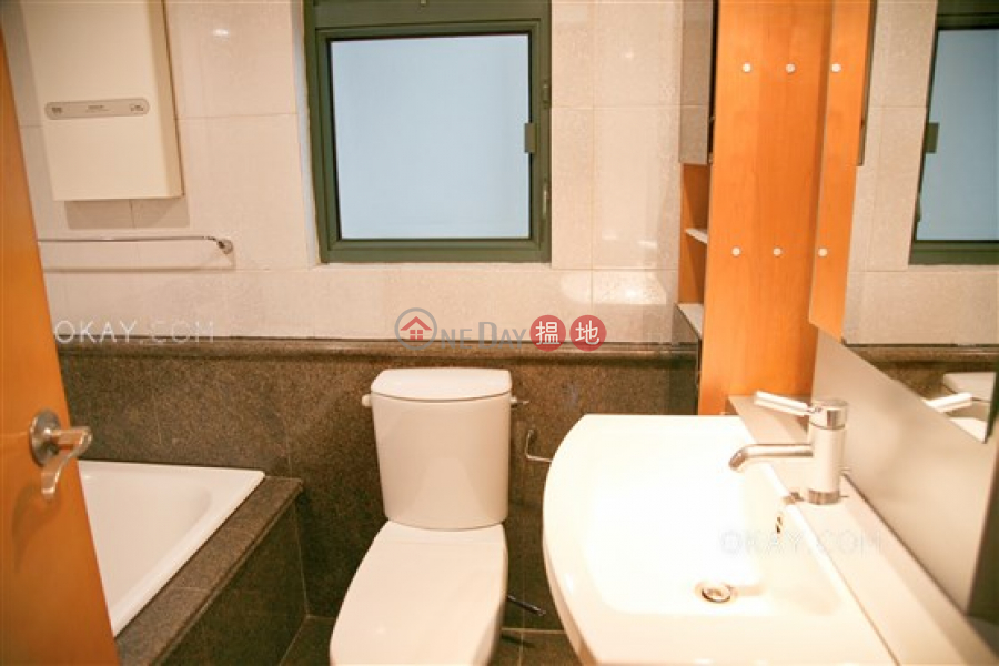 Gorgeous 3 bedroom with parking | Rental, 80 Robinson Road | Western District Hong Kong | Rental HK$ 55,000/ month