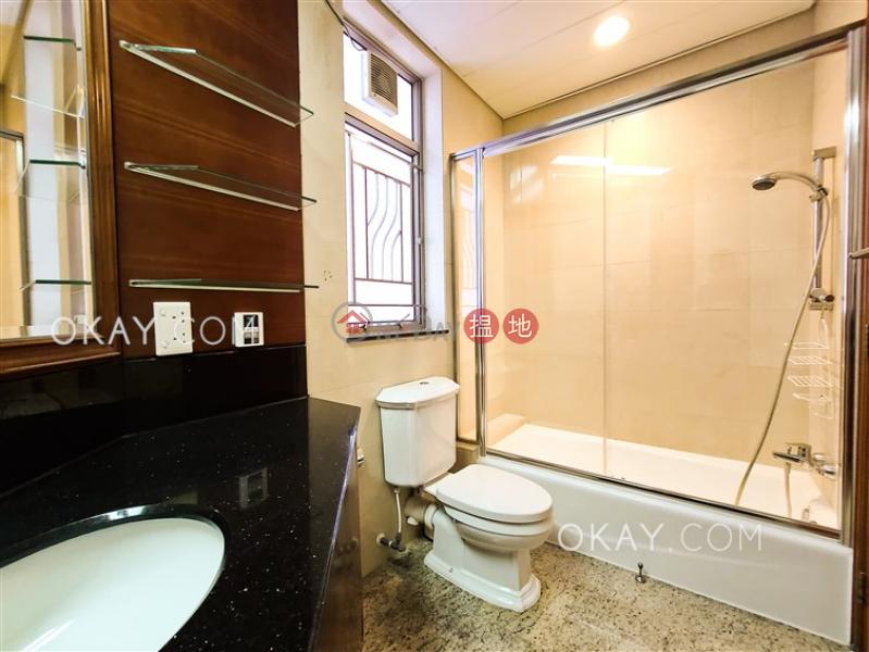 3房2廁,星級會所擎天半島2期1座出售單位1柯士甸道西   油尖旺香港-出售 HK$ 3,300萬