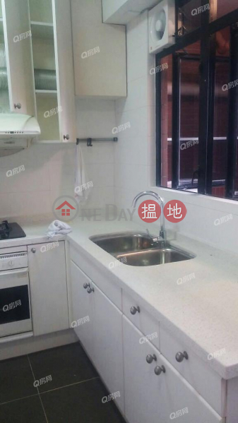 HK$ 27M | The Broadville | Wan Chai District The Broadville | 3 bedroom Mid Floor Flat for Sale