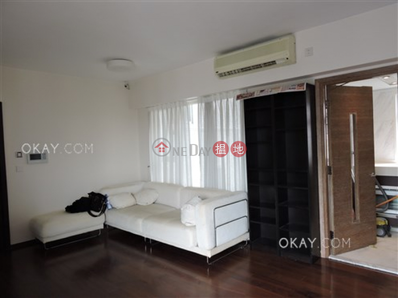 Charming 2 bed on high floor with sea views & balcony   Rental   108 Hollywood Road   Central District, Hong Kong Rental, HK$ 35,000/ month