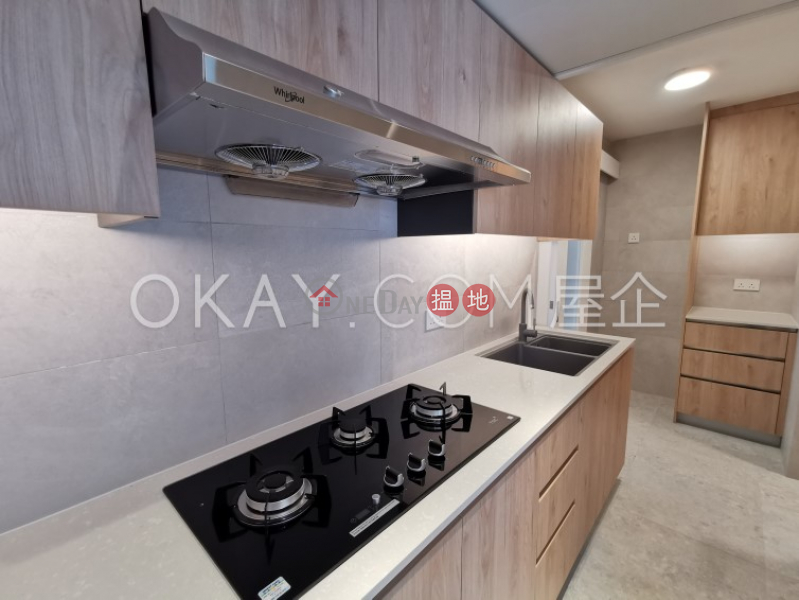 HK$ 55,000/ month Block 5 Phoenix Court, Wan Chai District Efficient 3 bedroom on high floor | Rental