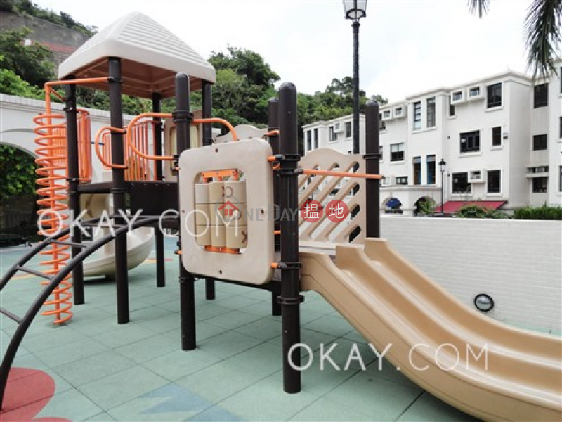 HK$ 30,000/ month | Block 7 Casa Bella Sai Kung, Tasteful 3 bedroom with sea views & parking | Rental
