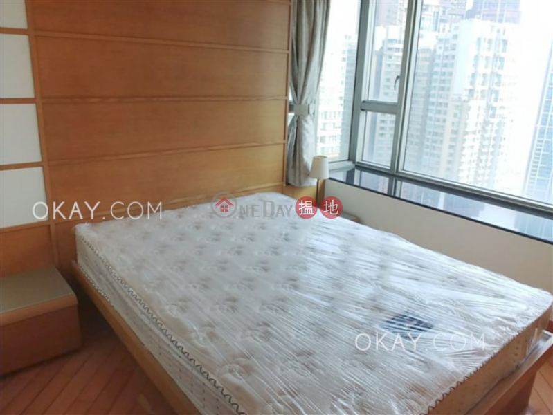 HK$ 42,000/ month | Sorrento Phase 1 Block 3, Yau Tsim Mong Rare 3 bedroom on high floor with sea views | Rental