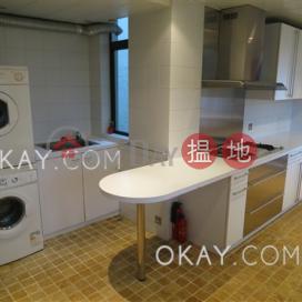 Efficient 3 bedroom with rooftop & parking | Rental