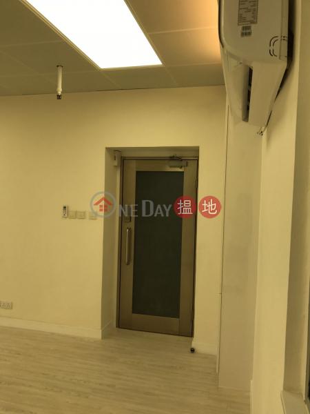 灣仔高級商廈林立 獨立分體冷氣, 166 Gloucester Road   Wan Chai District   Hong Kong Rental HK$ 18,500/ month