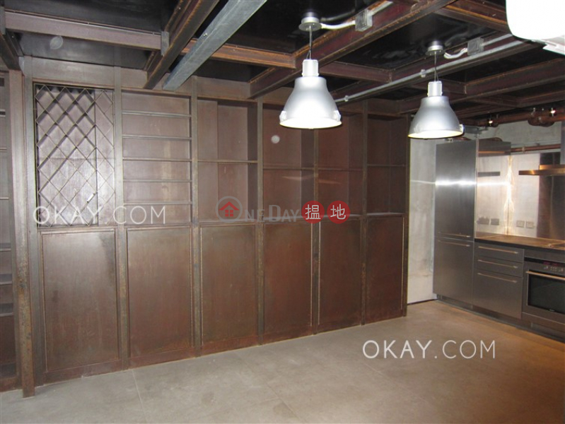 Property Search Hong Kong | OneDay | Residential, Sales Listings Nicely kept studio in Sheung Wan | For Sale
