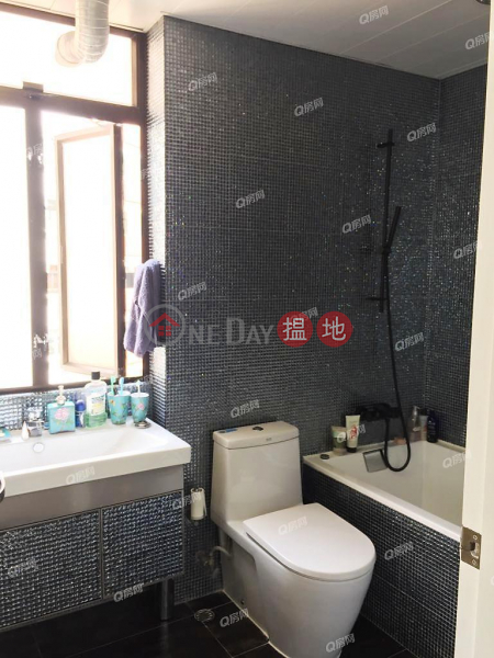 79-81 Blue Pool Road | 3 bedroom Mid Floor Flat for Rent 79-81 Blue Pool Road | Wan Chai District Hong Kong | Rental HK$ 79,000/ month