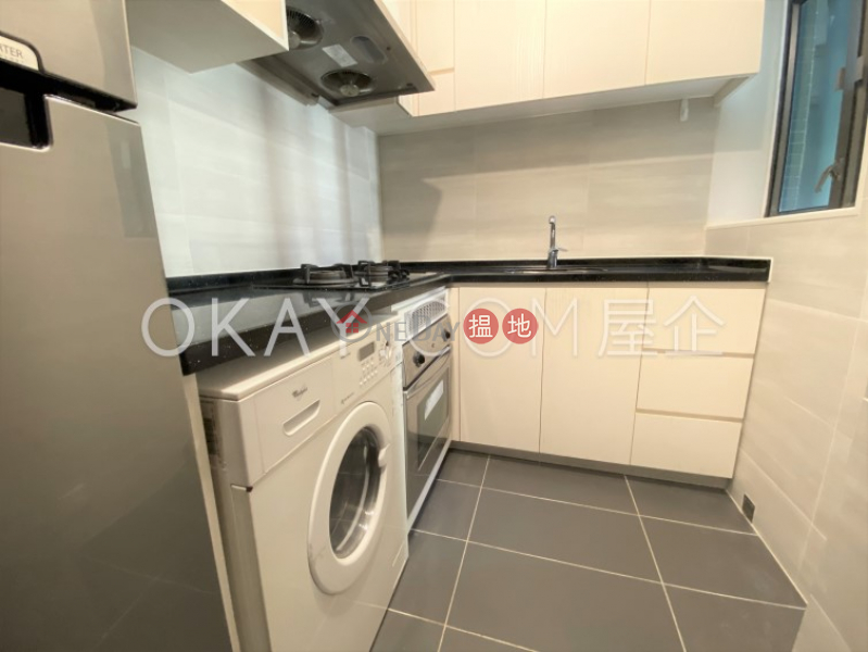 HK$ 39,000/ month | Palatial Crest Western District | Elegant 3 bedroom on high floor | Rental