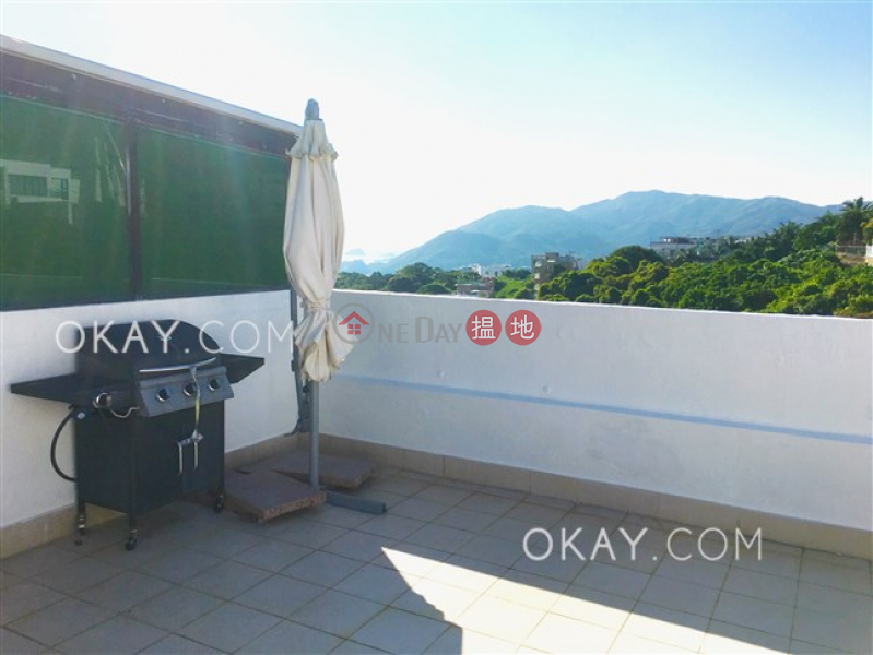 HK$ 29.8M | Sea Breeze Villa, Sai Kung, Charming house with terrace, balcony | For Sale