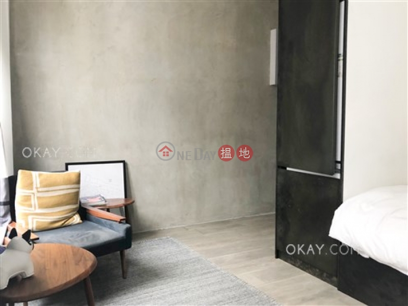 Practical studio on high floor with rooftop | For Sale | 12 Tai Ping Shan Street | Central District Hong Kong, Sales | HK$ 8M