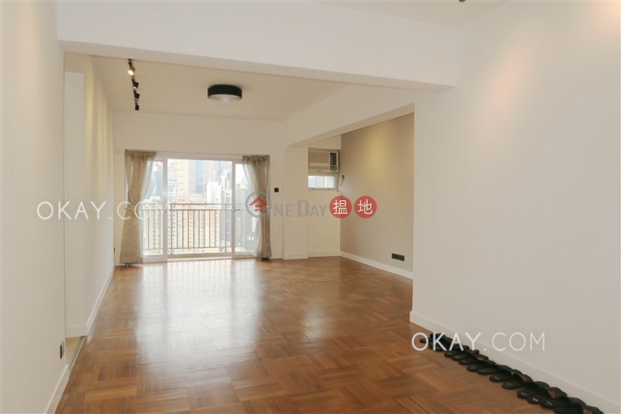 Lovely 3 bedroom with balcony & parking | For Sale | Kensington Court 景麗苑 Sales Listings