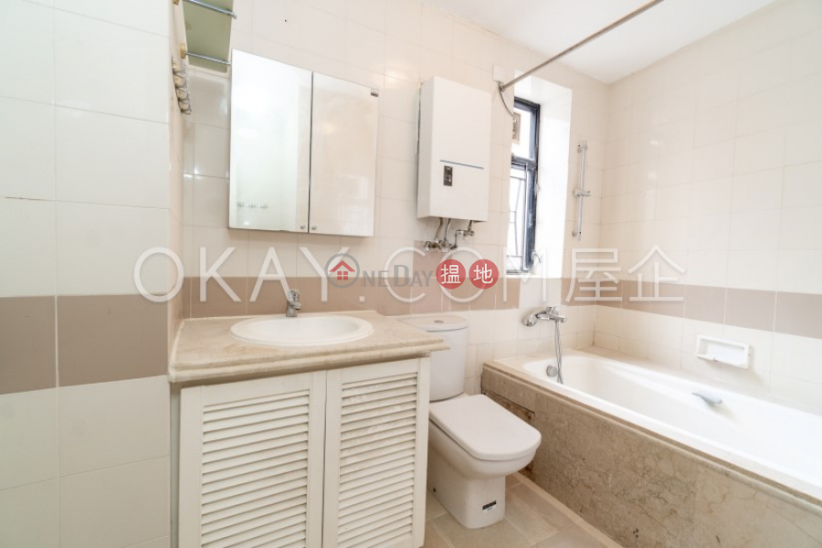 HK$ 50,000/ month, Beverly Hill Wan Chai District Elegant 3 bedroom on high floor with balcony & parking   Rental