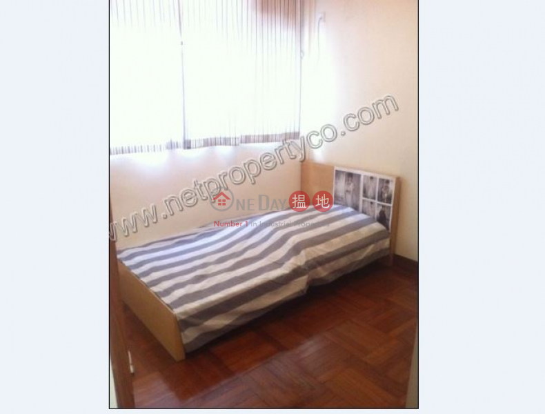 HK$ 21,000/ month | Yee Wah Mansion , Wan Chai District Spacious 3 bedrooms for Rent