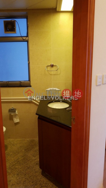HK$ 48,000/ month, Sorrento Yau Tsim Mong, 3 Bedroom Family Flat for Rent in West Kowloon