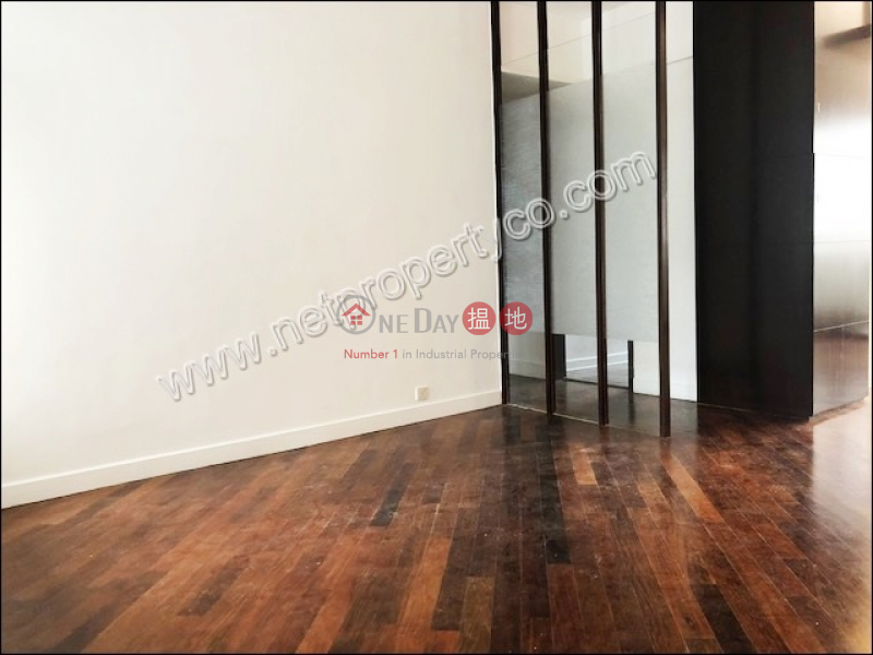 Spacious Apartment for Rent in Mid-Levels East | 33 Perkins Road | Wan Chai District | Hong Kong Rental HK$ 63,000/ month