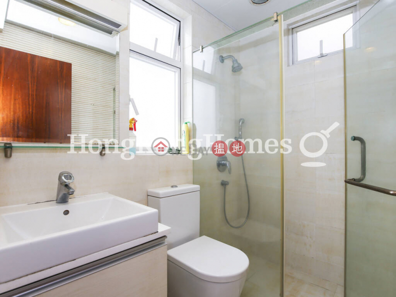 HK$ 21.8M   Greenview Gardens Western District, 3 Bedroom Family Unit at Greenview Gardens   For Sale