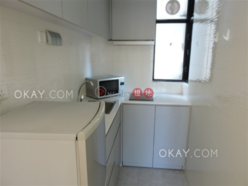 Lovely 1 bedroom in Sheung Wan | For Sale | Caine Tower 景怡居 Sales Listings