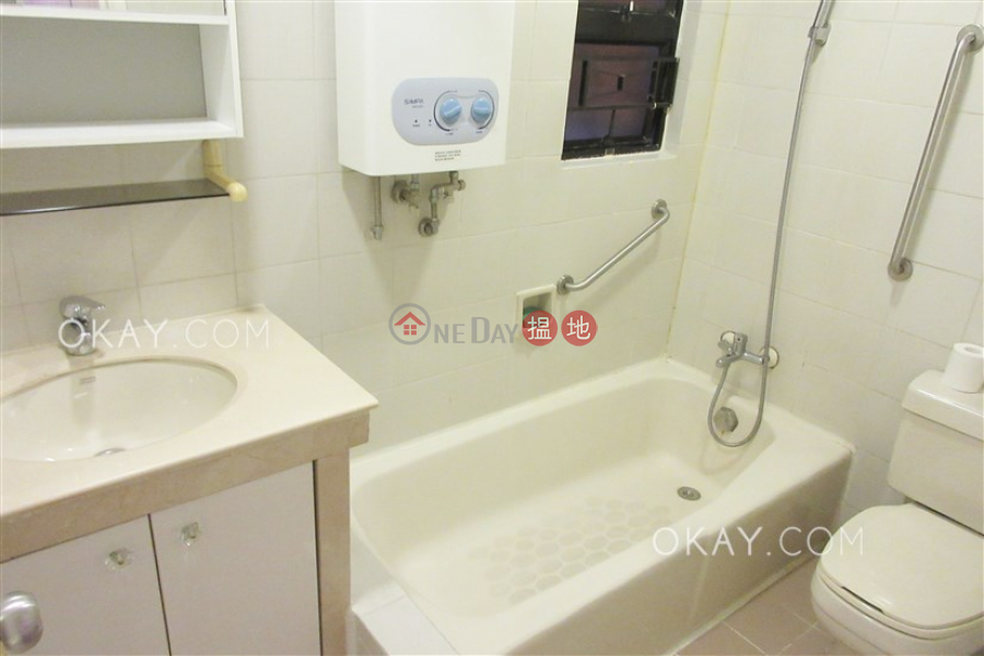 Charming 2 bedroom in Mid-levels West | Rental | Cameo Court 慧源閣 Rental Listings