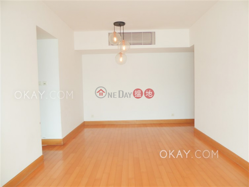 Property Search Hong Kong | OneDay | Residential | Rental Listings | Gorgeous 2 bedroom in Kowloon Station | Rental