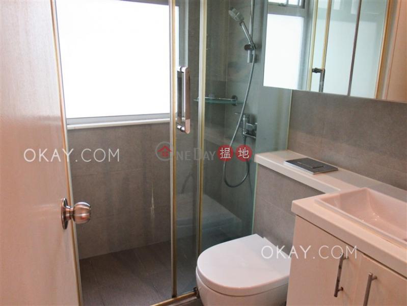 Tasteful 2 bedroom in Mid-levels West | Rental | Chatswood Villa 萬翠花園 Rental Listings