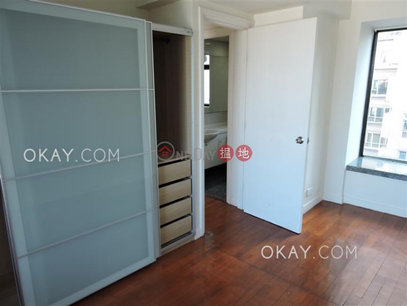 HK$ 13.3M Bella Vista | Western District | Unique 2 bedroom on high floor | For Sale