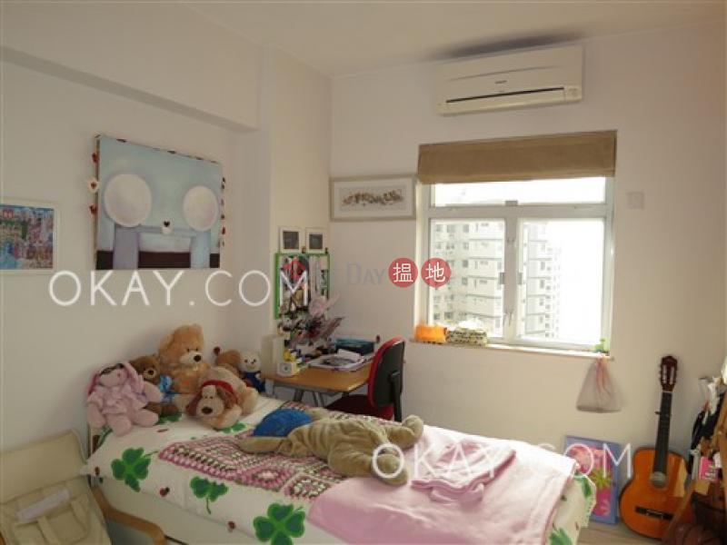 Block 45-48 Baguio Villa   Middle Residential, Sales Listings, HK$ 30M