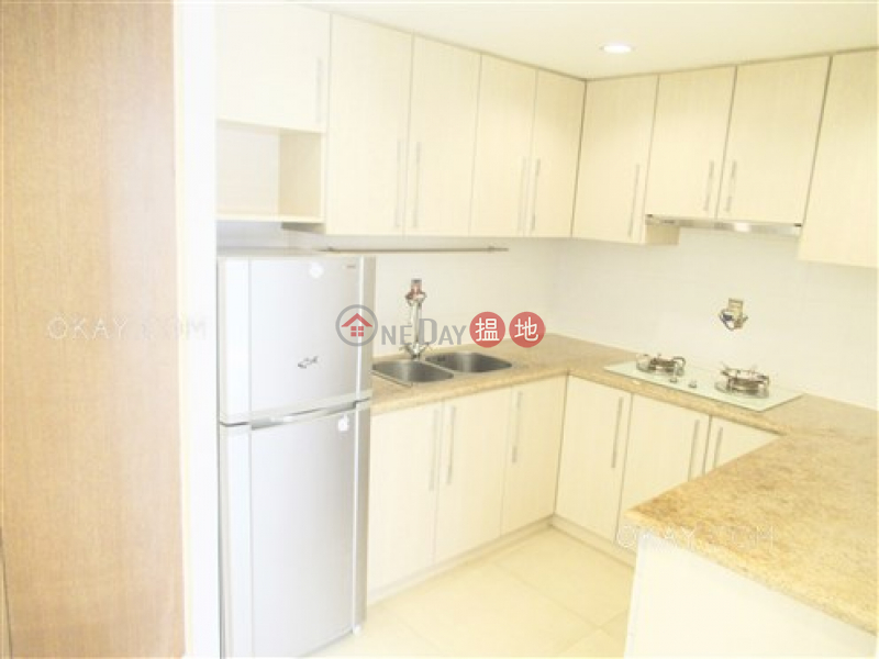 Property Search Hong Kong   OneDay   Residential Rental Listings   Elegant 2 bedroom in Sheung Wan   Rental