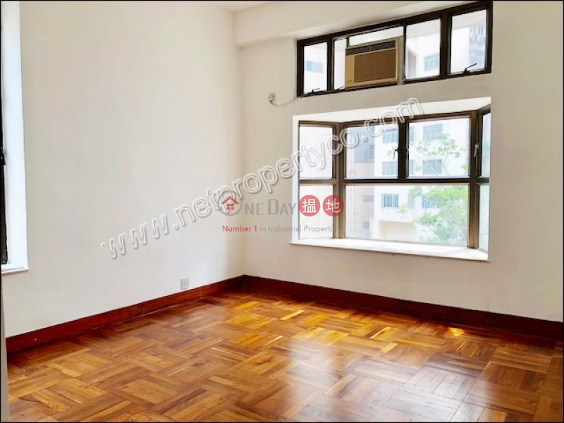 HK$ 36,000/ month | Sun and Moon Building Wan Chai District Spacious Apartment for Rent in Happy Valley