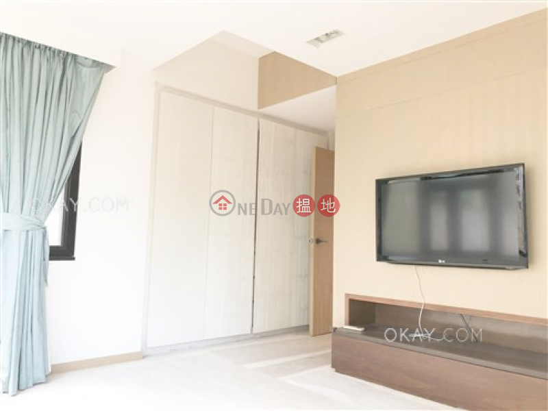 Efficient 3 bedroom with balcony & parking | Rental, 2A Park Road | Western District Hong Kong, Rental | HK$ 82,000/ month