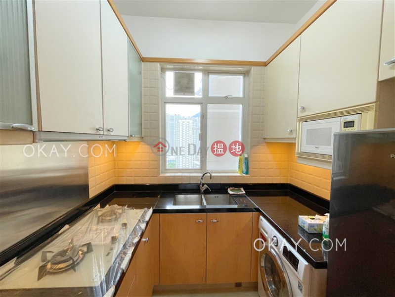 HK$ 25,000/ month The Orchards Block 1 | Eastern District Tasteful 2 bedroom with sea views & balcony | Rental