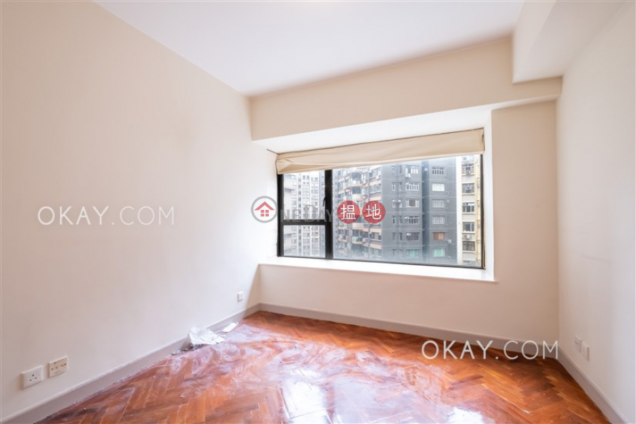 HK$ 42,000/ month, 62B Robinson Road, Western District, Unique 3 bedroom in Mid-levels West | Rental