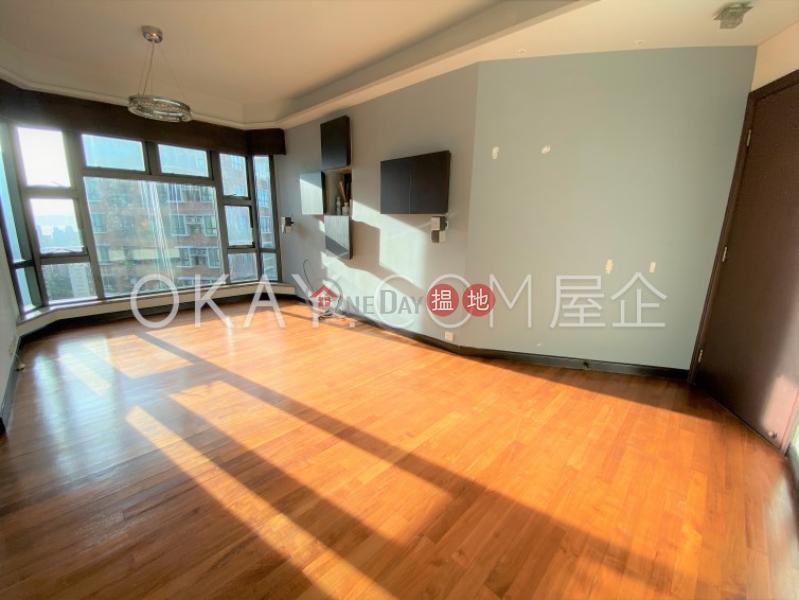 Elegant 3 bedroom on high floor | Rental, Palatial Crest 輝煌豪園 Rental Listings | Western District (OKAY-R5896)