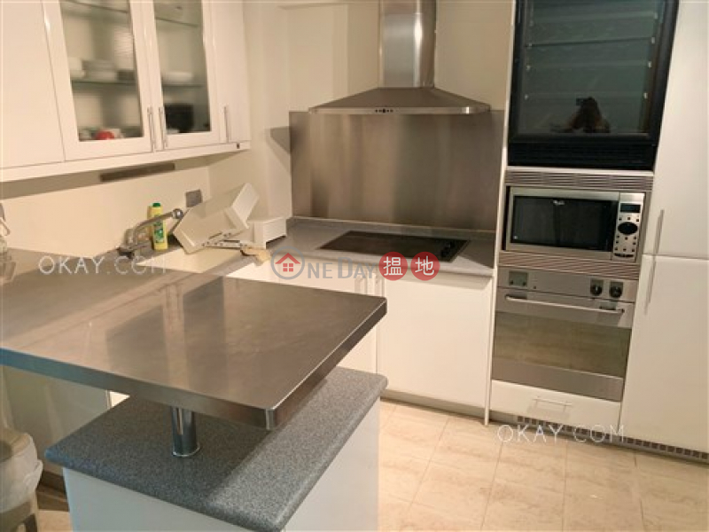 HK$ 11M, Cheong Chun Building | Wan Chai District | Nicely kept 2 bedroom in Wan Chai | For Sale