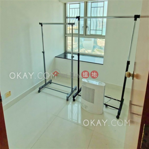 Property Search Hong Kong | OneDay | Residential | Rental Listings | Stylish 3 bedroom in Kowloon Station | Rental
