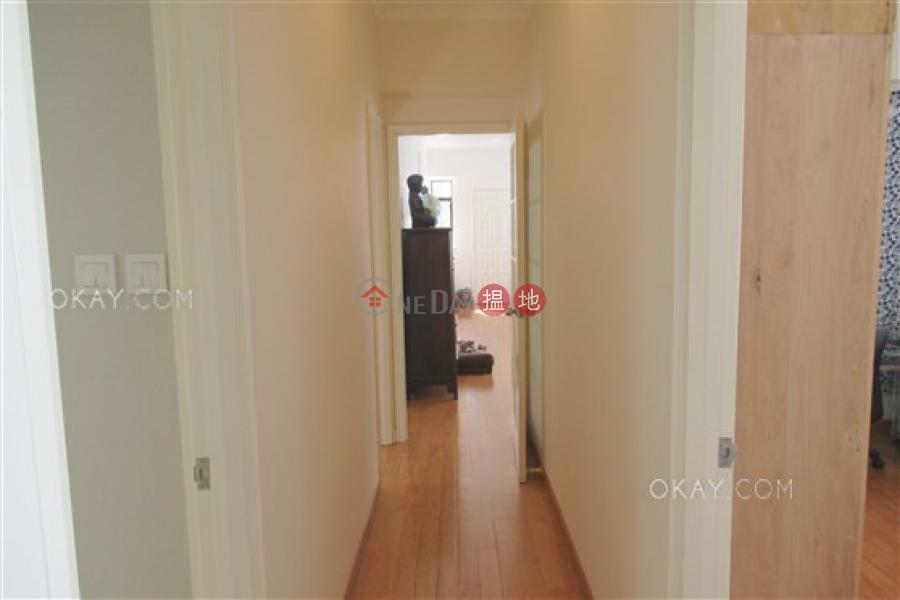 Elegant 3 bedroom with parking | For Sale | Honour Garden 安荔苑 Sales Listings