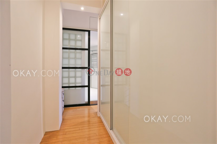 香港搵樓|租樓|二手盤|買樓| 搵地 | 住宅|出租樓盤|2房2廁,實用率高,露台,馬場景《黃泥涌道5-5A號出租單位》