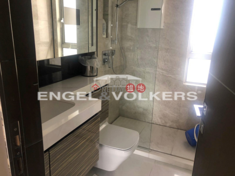 Property Search Hong Kong | OneDay | Residential Rental Listings 3 Bedroom Family Flat for Rent in Tsim Sha Tsui