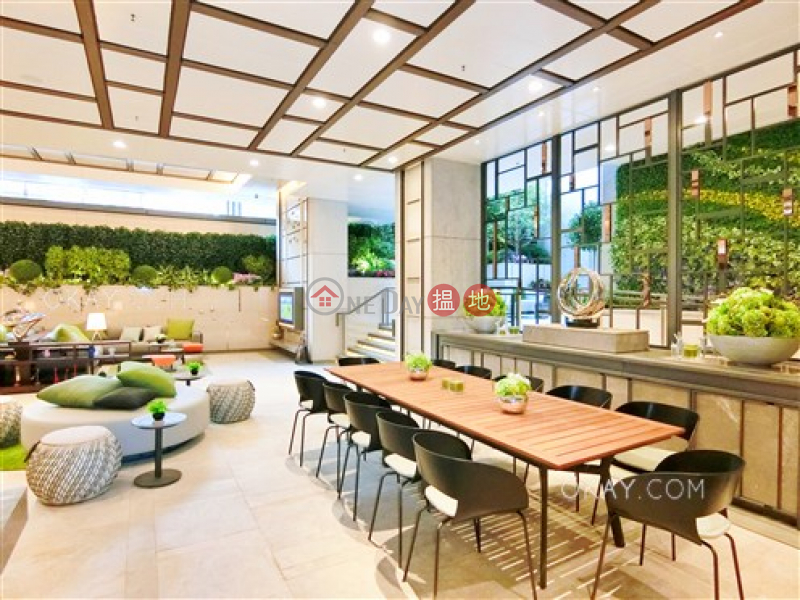 HK$ 28,000/ month King\'s Hill | Western District, Unique 1 bedroom with balcony | Rental