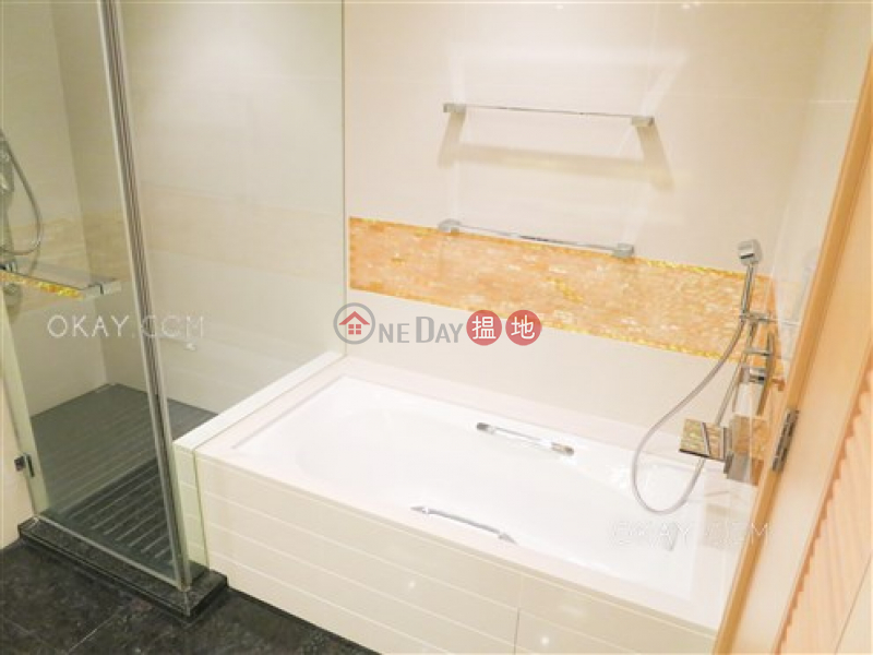 HK$ 52,000/ 月名鑄 油尖旺 2房2廁,海景,星級會所《名鑄出租單位》