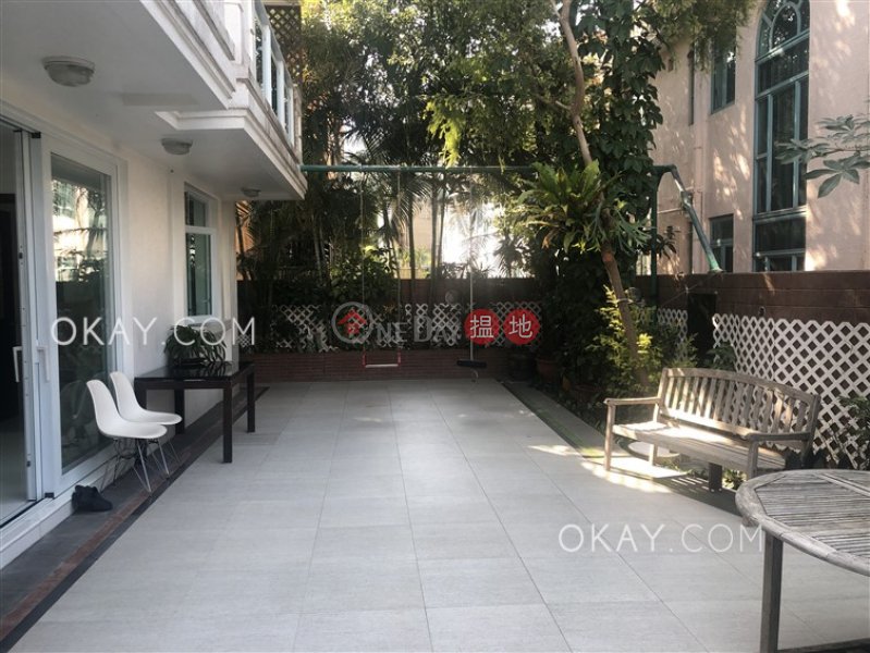 Tasteful house with sea views, rooftop & terrace   For Sale   Mau Po Village 茅莆村 Sales Listings