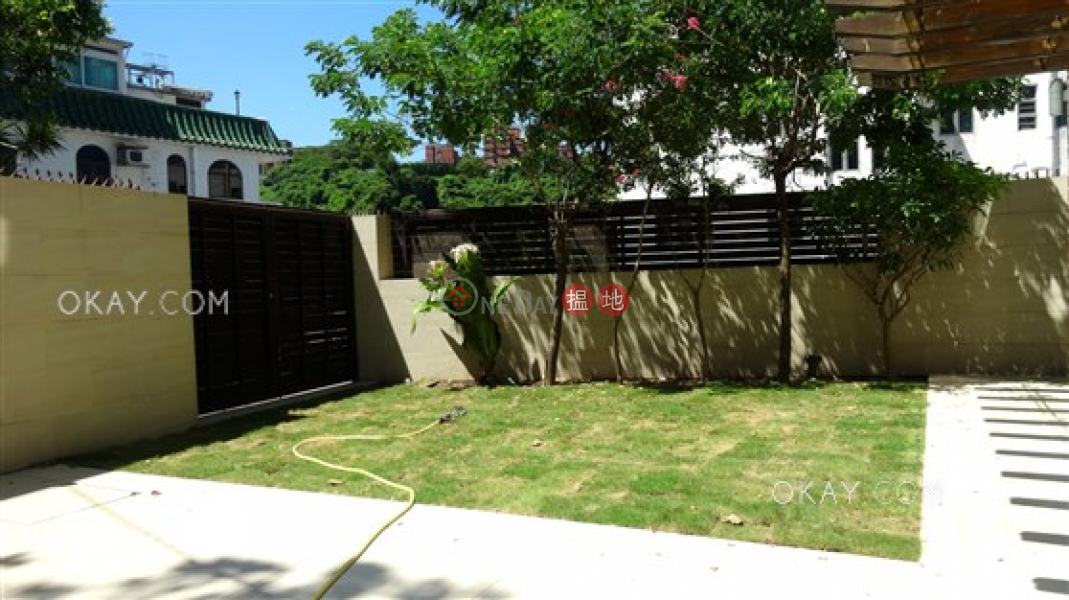 Rare house with balcony & parking | Rental | 91 Ha Yeung Village 下洋村91號 Rental Listings