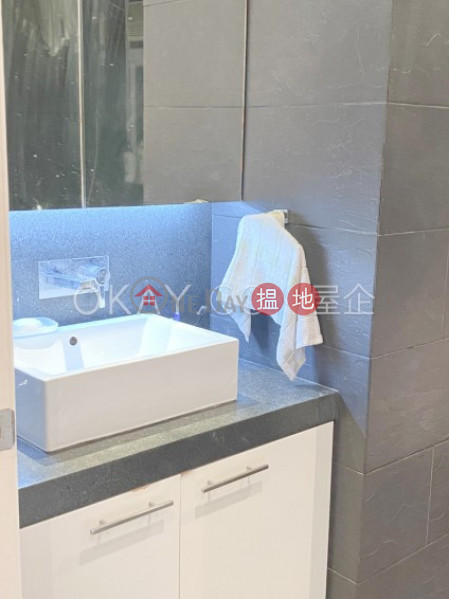 Popular 2 bedroom on high floor   For Sale   Sze Yap Building 四邑大廈 Sales Listings