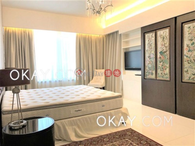 Exquisite 2 bedroom on high floor with sea views | Rental | Convention Plaza Apartments 會展中心會景閣 Rental Listings