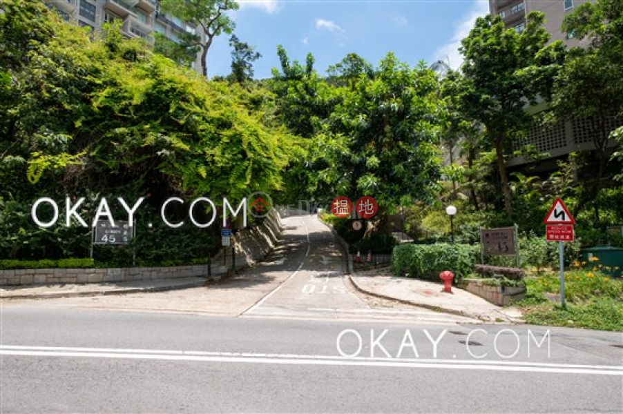 HK$ 83,000/ month | Ming Wai Gardens Southern District | Rare 3 bedroom on high floor with sea views & balcony | Rental