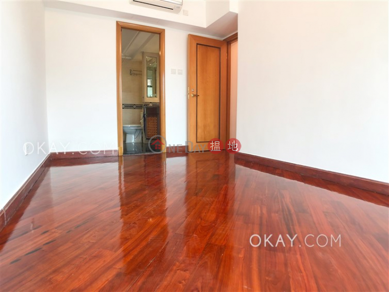Efficient 3 bedroom with parking | For Sale | Hillview Court Block 1 曉嵐閣1座 Sales Listings